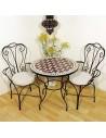 Marokkanischer Mosaiktisch Maar rot 80 cm mit Stühlen