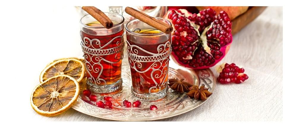 Orientalische Teetabletts